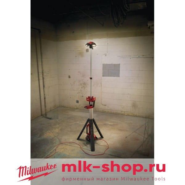 Аккумуляторный напольный светодиодный прожектор Milwaukee M18 HSAL-502B