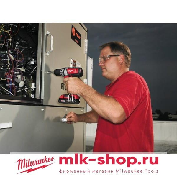 Аккумуляторная дрель-шуруповерт Milwaukee C18 DD-0