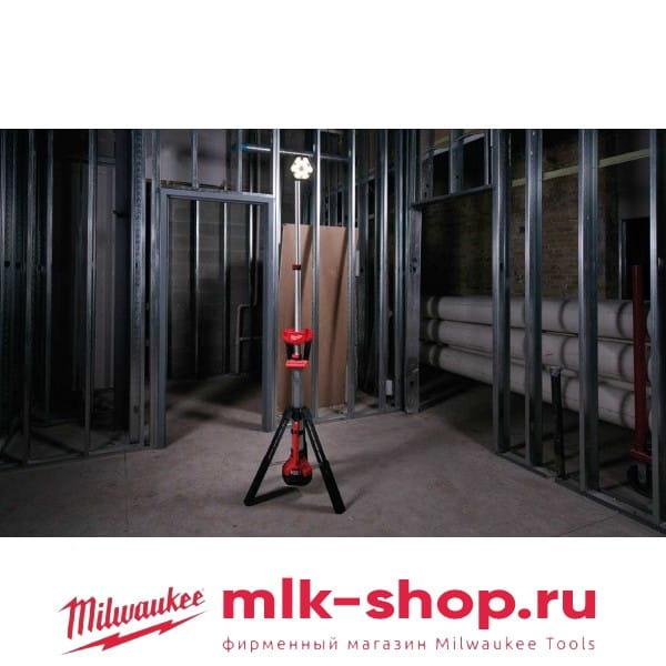 Аккумуляторный напольный светодиодный прожектор Milwaukee M18 SAL-0