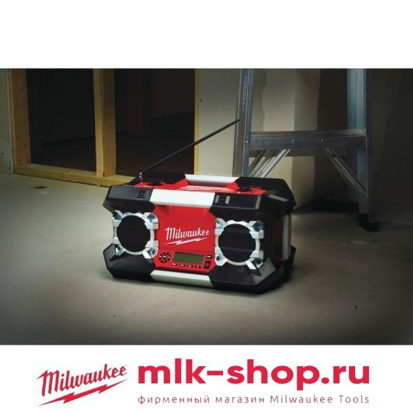 Аккумуляторное радио с mp3-плеером Milwaukee C12-28 DSR-0