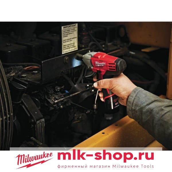 Аккумуляторный импульсный гайковерт Milwaukee C12 IW-0
