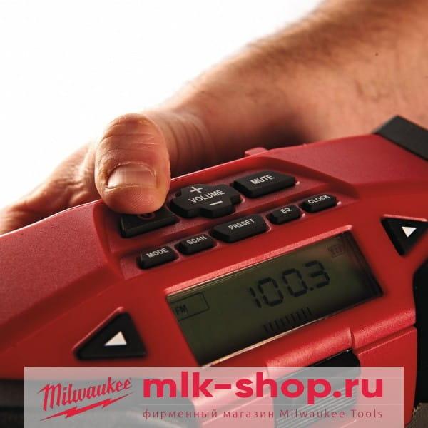 Аккумуляторное радио Milwaukee C12 JSR-0
