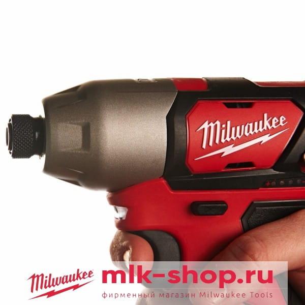 Аккумуляторный импульсный винтоверт Milwaukee M12 BID-0