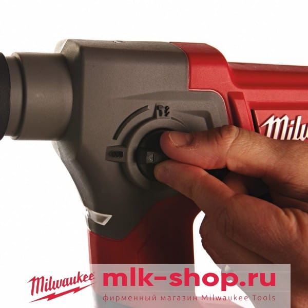 Аккумуляторный перфоратор Milwaukee M12 FUEL CH-0