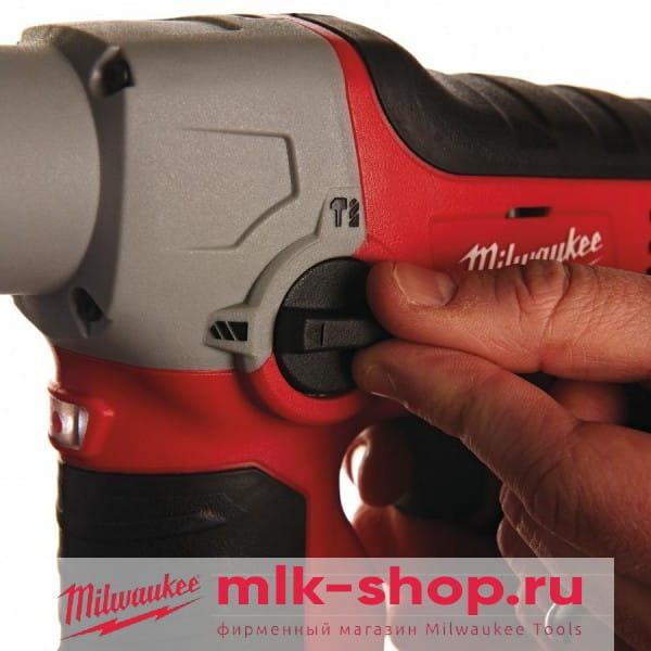 Аккумуляторный перфоратор Milwaukee M12 H-402C
