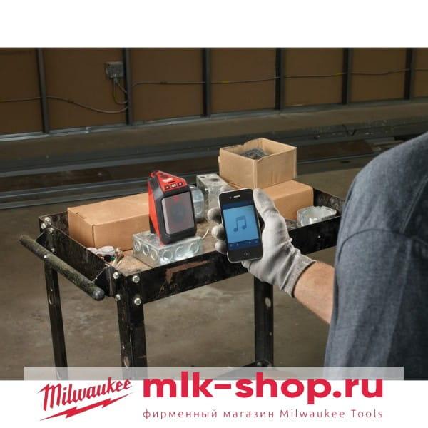 Аккумуляторный беспроводной  динамик с bluetooth Milwaukee M12 JSSP-0