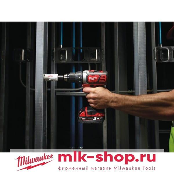 Аккумуляторная дрель-шуруповерт Milwaukee M18 BDD-0