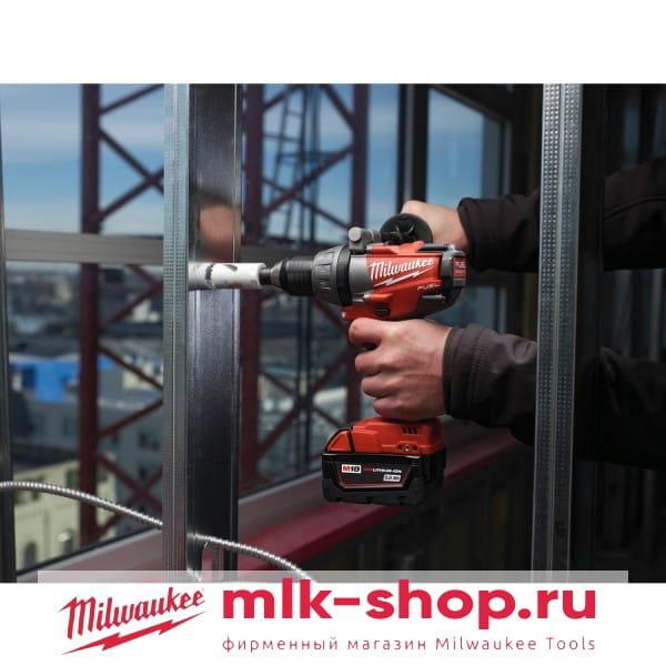 Аккумуляторная дрель-шуруповерт Milwaukee M18 FUEL CDD-402C