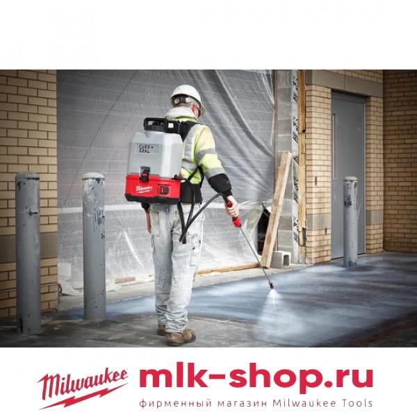 Бак для бетона к аккумуляторному распылителю (опрыскиватель) Milwaukee SWITCH TANK M18 BPFP-CCST