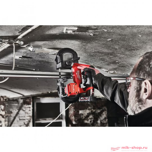 Аккумуляторная ленточная пила Milwaukee M12 FUEL FBS64-402C