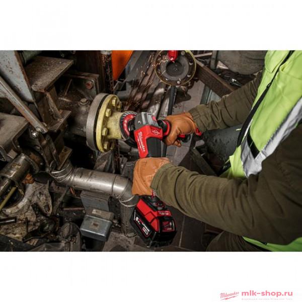 Аккумуляторная угловая шлифовна с регулировкой, тормозом, лапаточн. выкл. Milwaukee M18 FUEL FSAGV125XPDB-0X