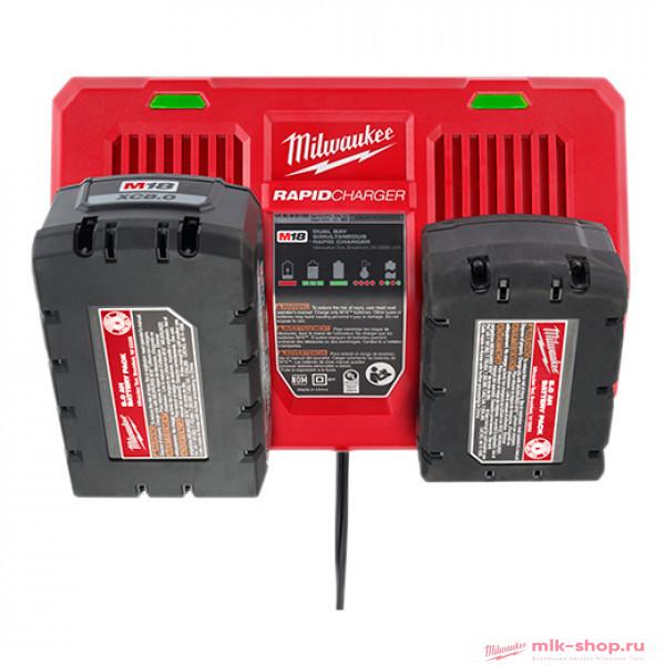 Быстрое зарядное устройство Milwaukee M18 DFC